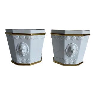 Vintage Vista Alegre Neoclassical Gold & White Porcelain Cachpots - a Pair For Sale