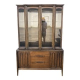 Image of Mid Century Modern China Hutch by Bassett For Sale