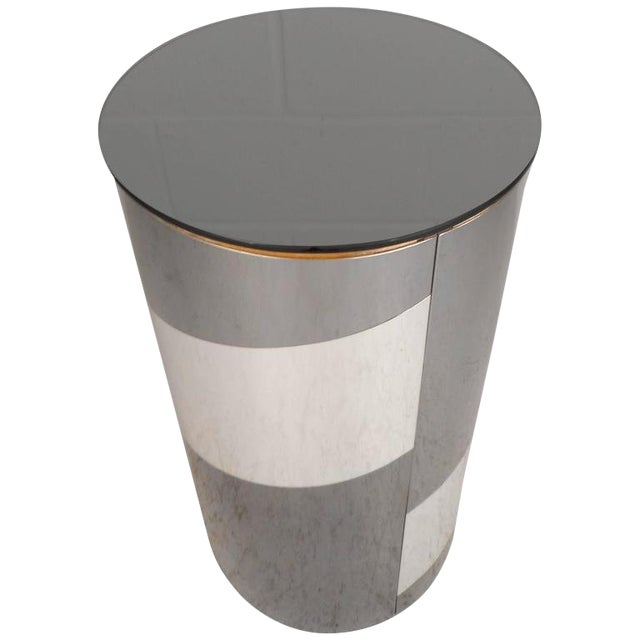Mid-Century Modern Chrome and Mirror Pedestal For Sale