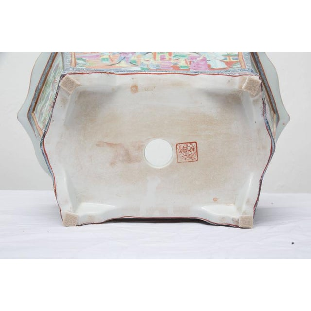 Rose Medallion Rectangular Ceramic Cache Pot/Jardiniere For Sale - Image 4 of 9