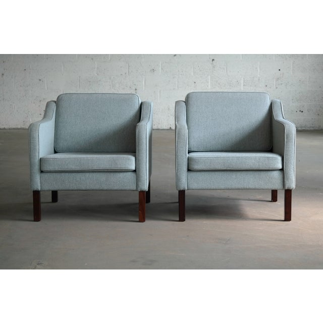 Mid-Century Modern Børge Mogensen Model 2421 Style Danish Lounge Chairs in Cornflower Blue Wool For Sale - Image 3 of 13