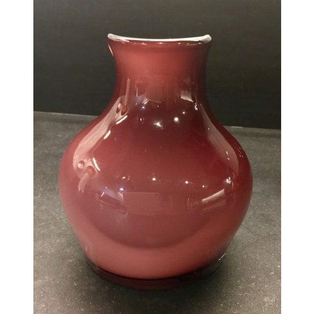 Art Glass Vintage Tarnowiec of Poland Hand-Blown Mauve & White Glass Vase For Sale - Image 7 of 10