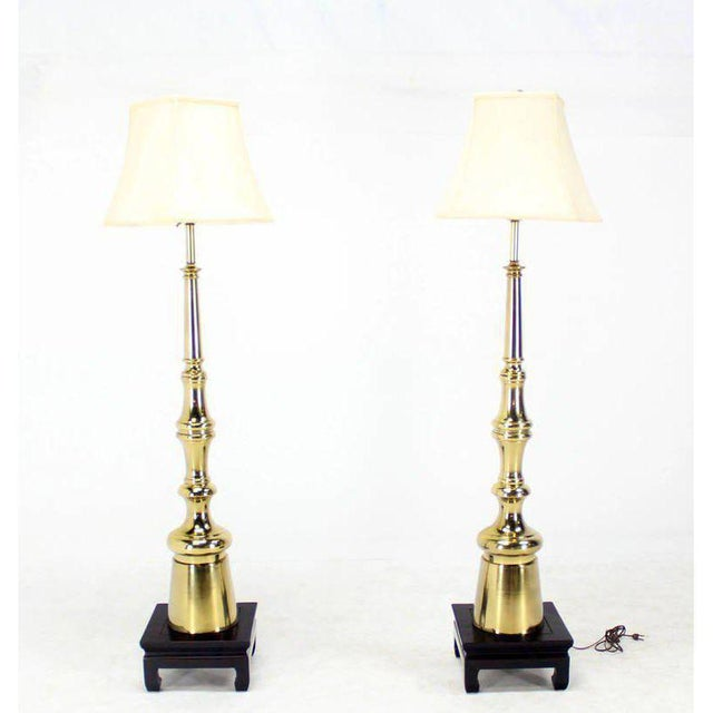 Mid-Century Modern Mid-Century Modern Metal Finial-Shape Floor Lamps - A Pair For Sale - Image 3 of 3