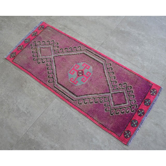 Vintage antique fuchsia background color yastik rug perfect for a small guest bath or in front of the kitchen sink...
