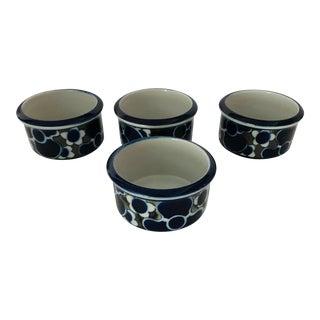 Vintage Arabia Finland Bowls - Set 4 For Sale