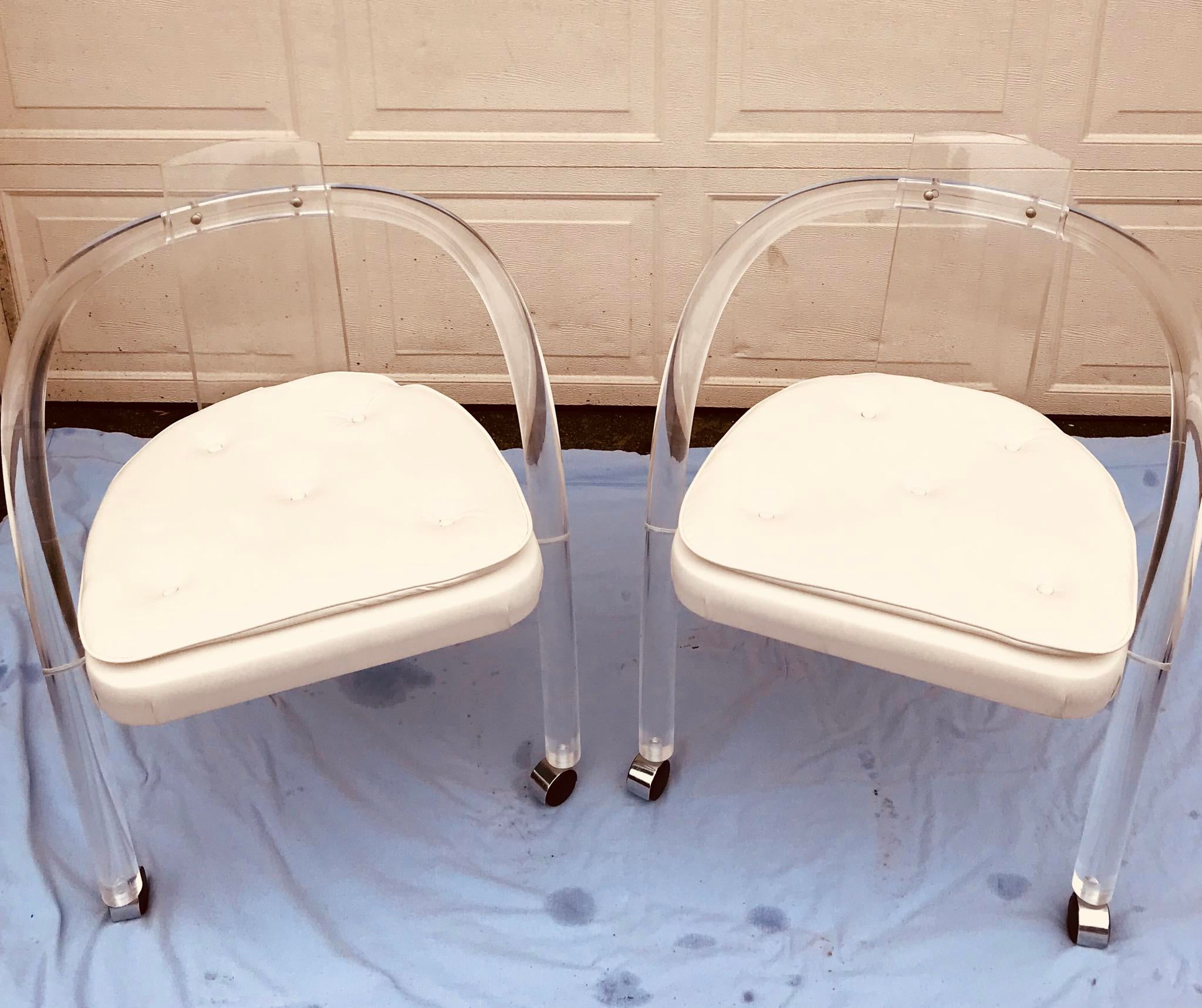 Amazing Lucite Hollywood Regency Chair By Hill. Pristine Condition Save  Some Faint Marks On One