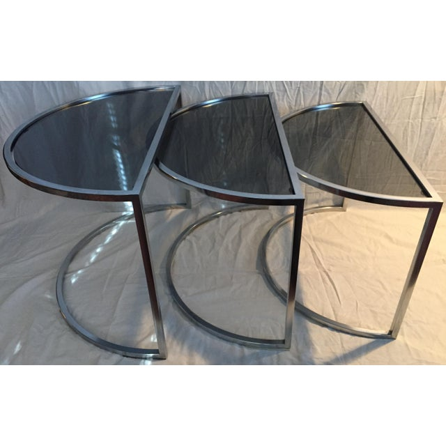 Metal Late 20th Century Italian Chrome & Smoke Glass Nesting Tables - Set of 3 For Sale - Image 7 of 12