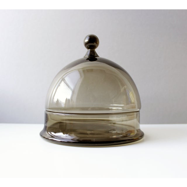 Lovely Colony of Italy smoke glass cheese dome with underplate. Excellent vintage condition. Small chip to the rim of the...