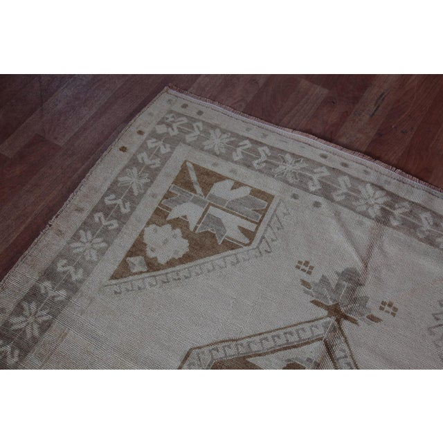 Vintage Turkish Oushak Rug - 4′4″ × 9′6″ For Sale - Image 5 of 11