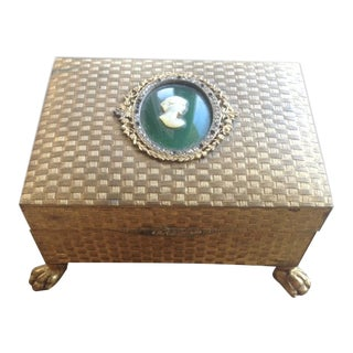 1940s Hollywood Regency Cameo Footed Trinket Jewelry Box For Sale