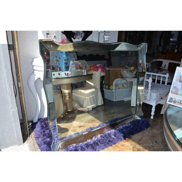 Scalloped Venetian Wall Mirror For Sale In Miami - Image 6 of 13