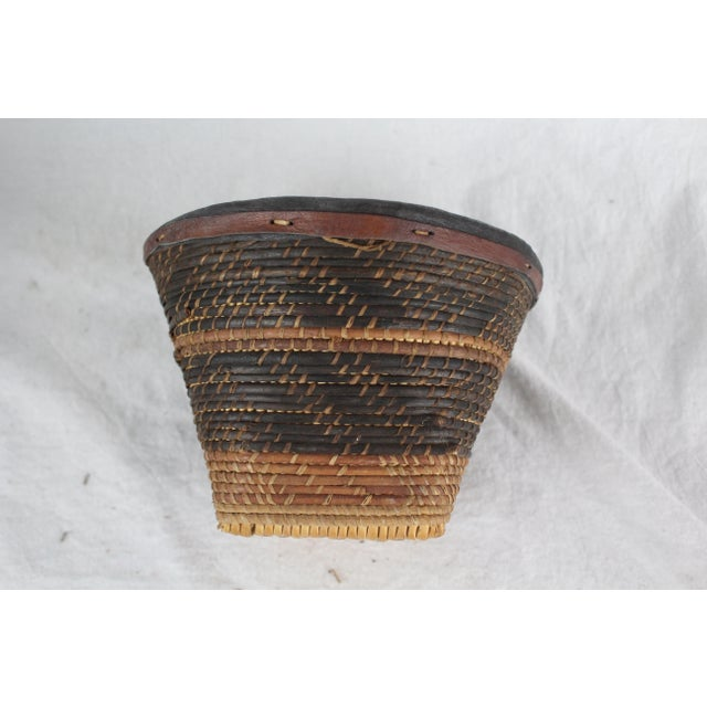 Mid 20th Century Small Ghanian Tribal Woven Basket For Sale - Image 5 of 7