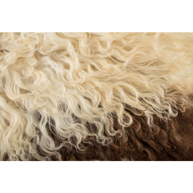 "Contemporary Long Soft Wool Sheepskin Pelt - 2'0""x3'2"" For Sale - Image 4 of 7"