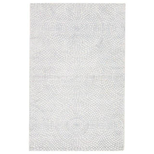 2010s Pollack by Jaipur Living Impresario Handmade Medallion White/ Silver Area Rug - 8′ × 10′ For Sale - Image 5 of 5
