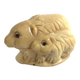 1980s Chinese Netsuke Style Polar Bear and Cub For Sale