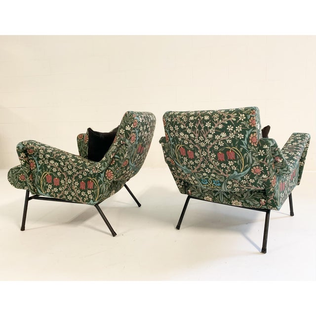 C. 1955 French Lounge Chairs in William Morris Blackthorn, Pair For Sale In Saint Louis - Image 6 of 12