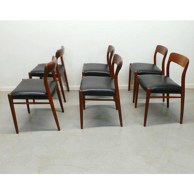 Danish Modern 1960s Vintage J.L. Moller Danish Modern Black Dining Chairs- Set of 6 For Sale - Image 3 of 9