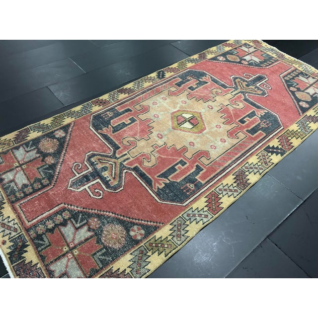 Textile Oushak Turkish Floor Rug - 4′2″ × 9′3″ For Sale - Image 7 of 11