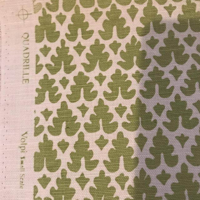 2010s Quadrille Volpi Linen Apple Fabric 1 1/2 Yards For Sale - Image 5 of 6