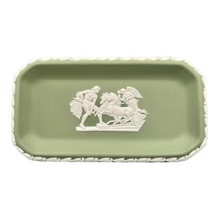1960's English Wedgwood Jasperware Green and White Dish/ Catchall Tray For Sale