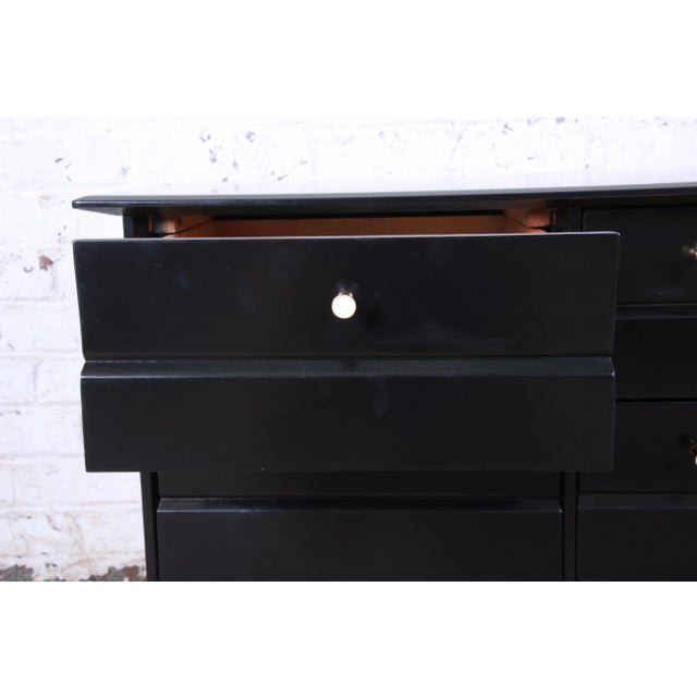 Birch Paul McCobb Style Ebonized Triple Dresser or Credenza by Heywood Wakefield For Sale - Image 7 of 13