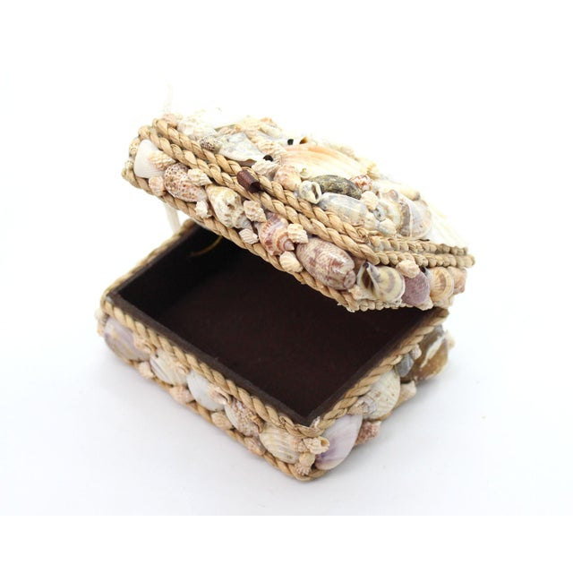 Vintage Shell Encrusted Grotto Style Box For Sale In Los Angeles - Image 6 of 6