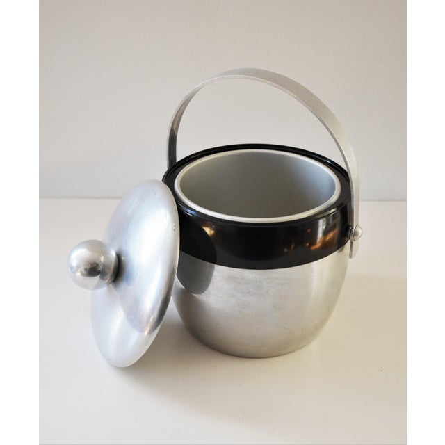 1950s Vintage Spun Aluminium and Bakelite Ice Bucket by Kromex For Sale In Richmond - Image 6 of 9