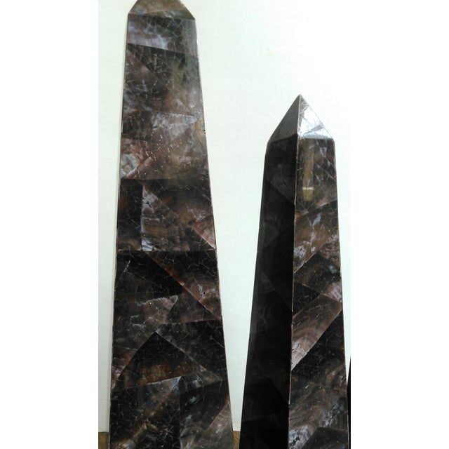 Mid-Century Crushed Shell Inlaid Obelisks - Set of 3 - Image 4 of 7