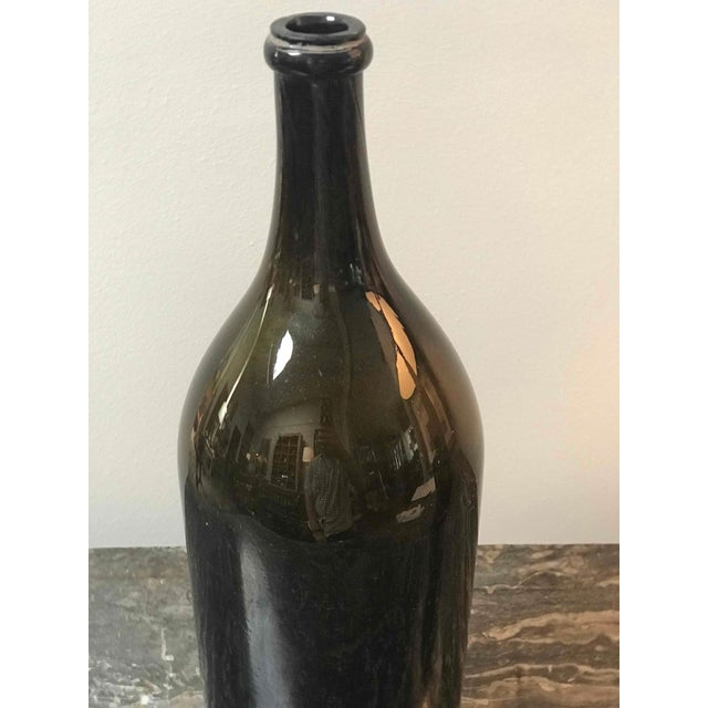 Mid-Century Modern Large Green Blown Glass Bottle From Mid-19th Century France For Sale - Image 3 of 6