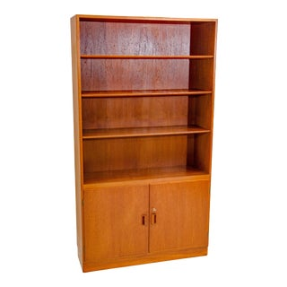 1960s Børge Mogensen Danish Teak Cabinet Bookcase For Sale