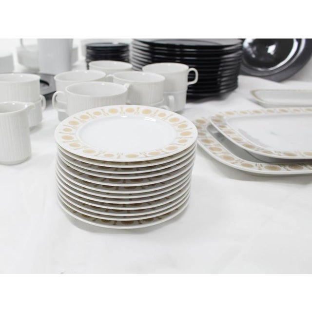 Mid-Century Modern Tapio Wirkkala for Rosenthal Dinner Coffee 80 Pieces Set Plates Noire Porcelain For Sale - Image 3 of 10