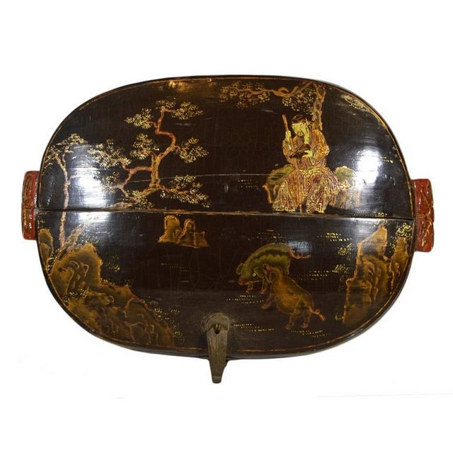 Wood Hand-Painted and Lacquered Wedding Box With Flowers From, China, 19th Century For Sale - Image 7 of 10