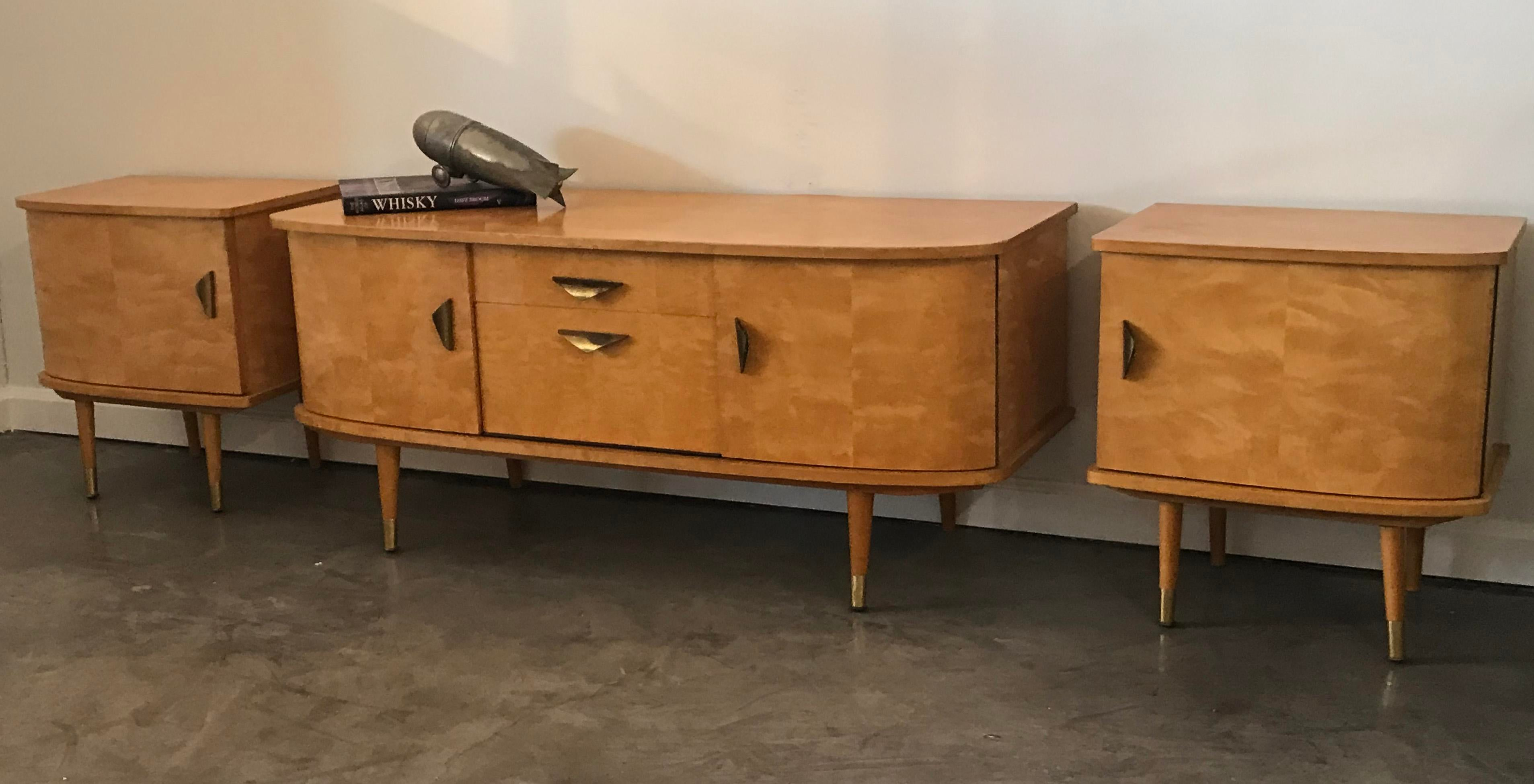 Mid Century Modern Maple Credenza And Matching Side Tables   Image 4 Of 6