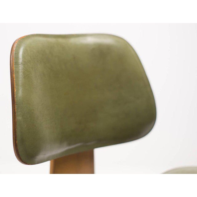 Animal Skin Rare Charles and Ray Eames DCW Chair in Green Leather For Sale - Image 7 of 10