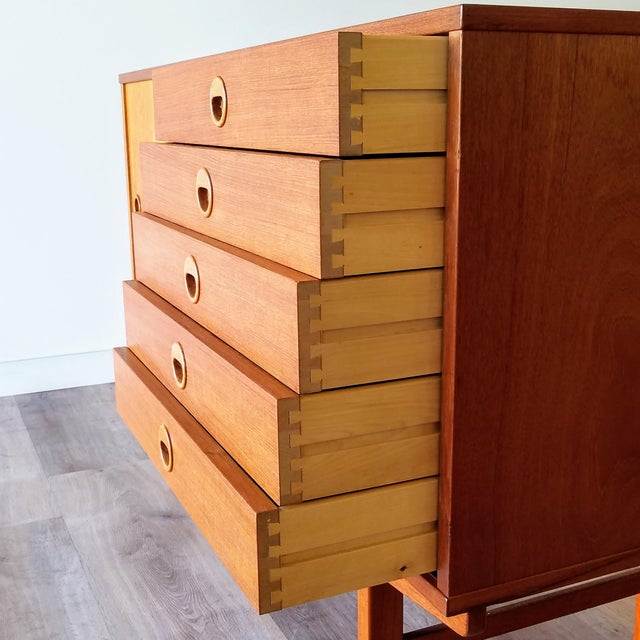 Mid 20th Century Vintage Folke Ohlsson for Dux Style Teak Credenza For Sale - Image 5 of 13