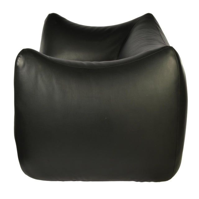 This large overstuffed pillow shaped lounge chair is in the style of Mario Bellini's La Bambole chair. This is one of the...