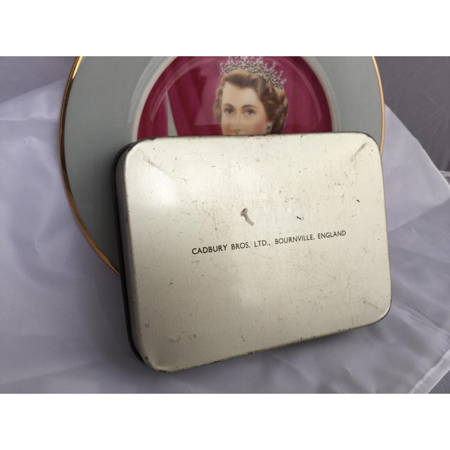 Coronation of Queen Elizabeth II Decorative Objects - a Pair For Sale - Image 12 of 13