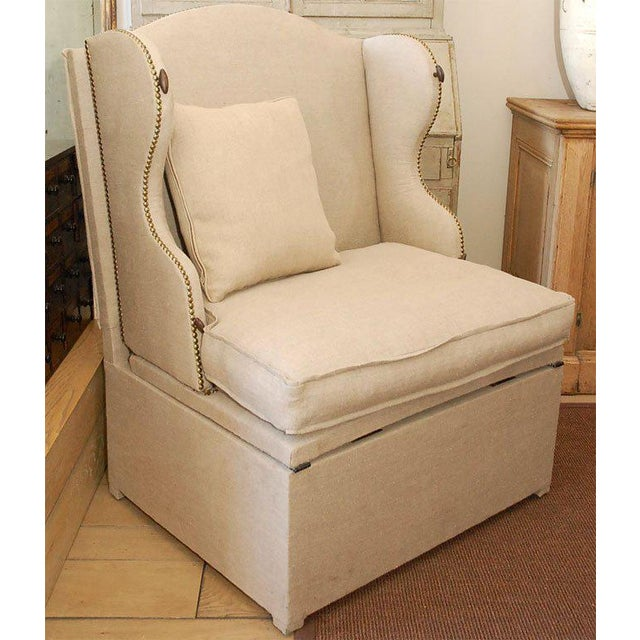 Traditional Early 19th Century French Chair and Daybed Upholstered in Belgian Linen For Sale - Image 3 of 10