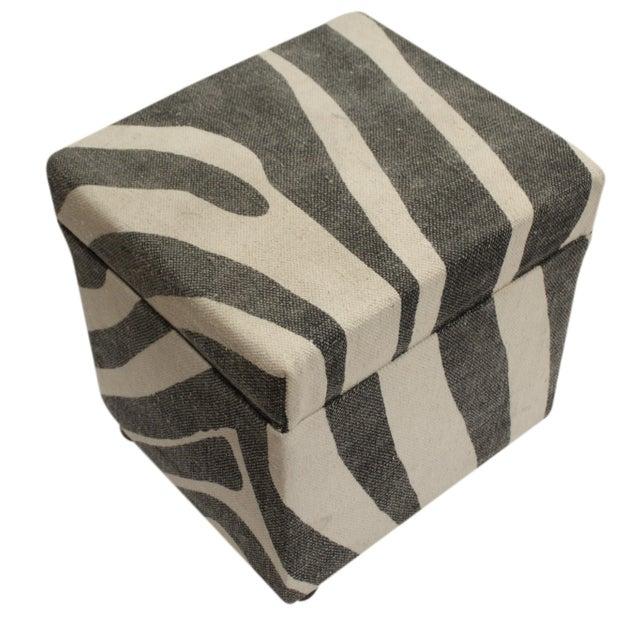 2010s Arya Jerrod Ivory & Gray Kilim Upholstered Handmade Ottoman For Sale - Image 5 of 5