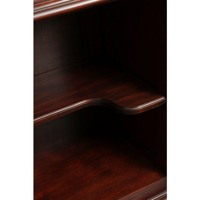 Henkel Harris Large Chippendale Style Mahogany Beveled Glass Breakfront China Cabinet #2382 For Sale - Image 9 of 12