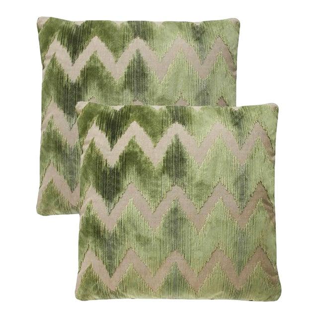 Lee Jofa Watersedge Green Velvet Pillows - Set of 2 For Sale