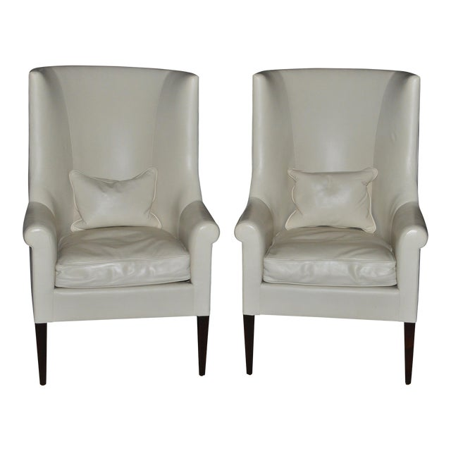 Dessin Fournir Modern White Leather High Back Armchairs - a Pair For Sale