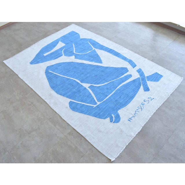 2020s Henri Matisse - Blue Nude 3 - Inspired Silk Hand Woven Rug Flat Weave Area - Wall Rug 4′8″ × 7′ For Sale - Image 5 of 10