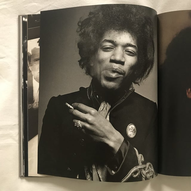 """Americana """"Rolling Stone Images of Rock & Roll"""" 1995 First Edition Book For Sale - Image 3 of 6"""