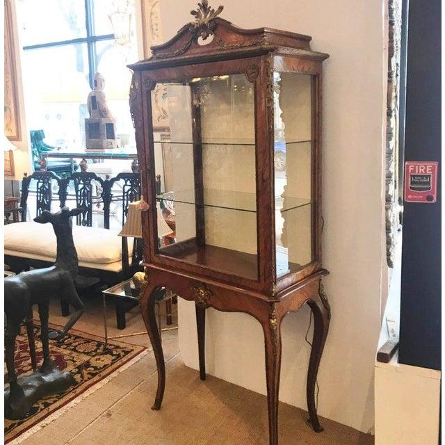 Bronze Louis XV Style Ormalu Mounted Kingwood Display Cabinet For Sale - Image 7 of 8