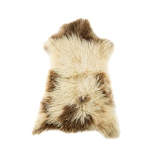"Contemporary Long Soft Wool Sheepskin Pelt - 2'2""x3'3"" For Sale"