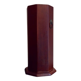1960s Traditional Octagonal Wood and Brass Lion Umbrella Stand For Sale