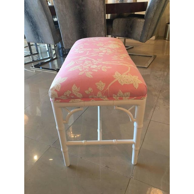 1970s Faux Bamboo Chinese Chippendale Pink Lacquered Bench For Sale - Image 5 of 10