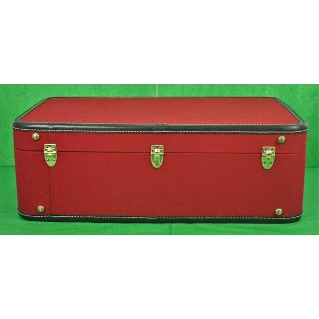 1960s Traditional T Anthony Suitcase w/ TWA Label For Sale - Image 4 of 11