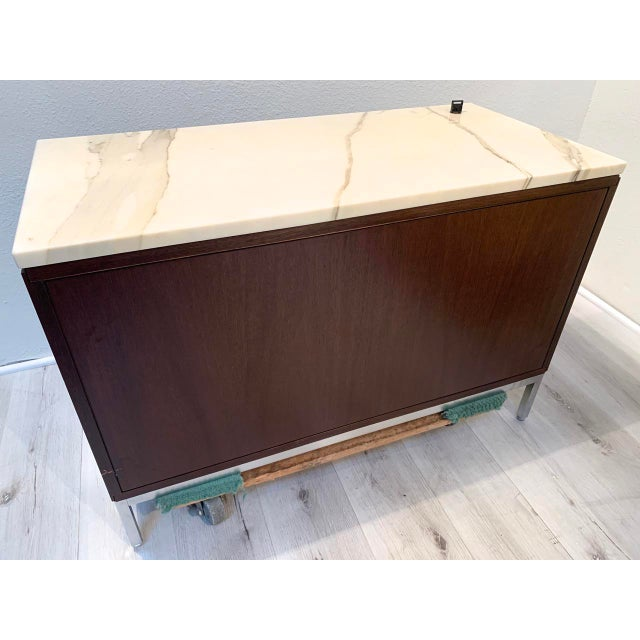 """2010s Knoll """"Florence"""" Office Credenza With Calacatta Borghini Marble Top For Sale - Image 5 of 13"""